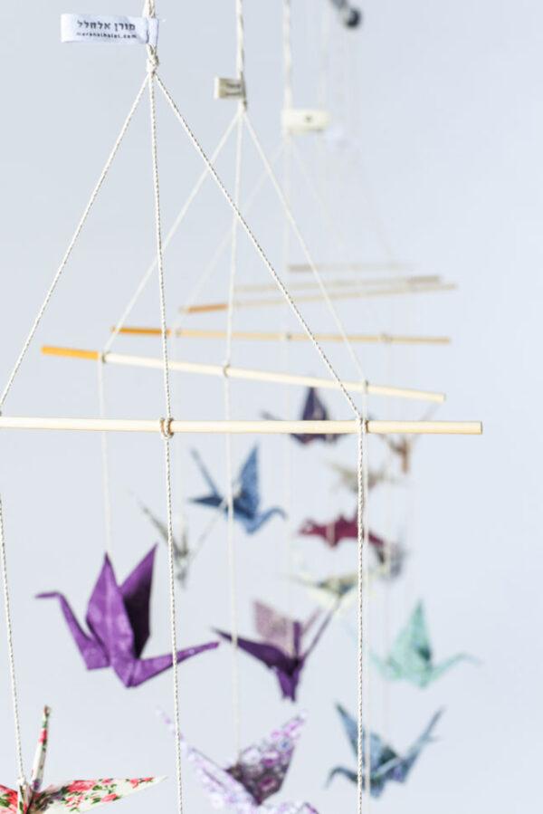 מובייל 3 עגורי אוריגמי בד בבדים שונים לבחירה, מובייל לעיצוב חדר ילדים ולעיצוב הבית, מתנה ליום הולדת, מתנת לידה, מתנה לתינוק שנולד, עגורי אוריגמי , מורן אלחלל אוריגמי בד