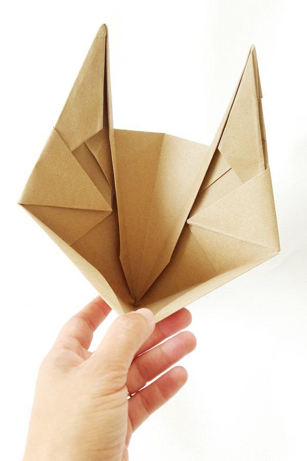 משלוח מנות מעוצב, מסיכת אוריגמי באטמן, משלוח מנות מקורי ומיוחד לחג פורים, מסיכת אוריגמי, מורן אלחלל אוריגמי בד.