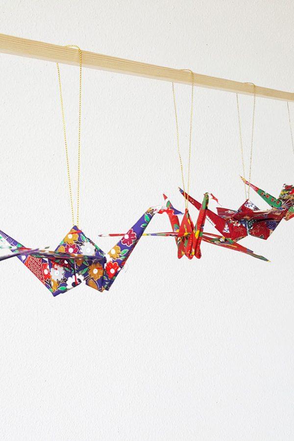סדרת עגורים יפנים, קישוט לבית, סטיילינג, מובייל למזל וברכה, מתנה לחג, עגור יפני, עגור אוריגמי בד, מתנה לחג, מתנה לעובדים, מורן אלחלל אוריגמי בד