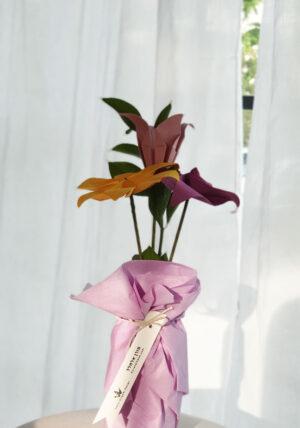 זר פרחים באגרטל, זר פרחי אוריגמי, פרחים בעבודת יד, פרחי שדה, מתנות לחג, מתנות לעובדים, מתנות ממותגות, אוריגמי, פרחים מנייר, סידורי שולחן לאירועים, מתנה לראש השנה, מתנה לפסח, סידור פרחים, מורן אלחלל אוריגמי